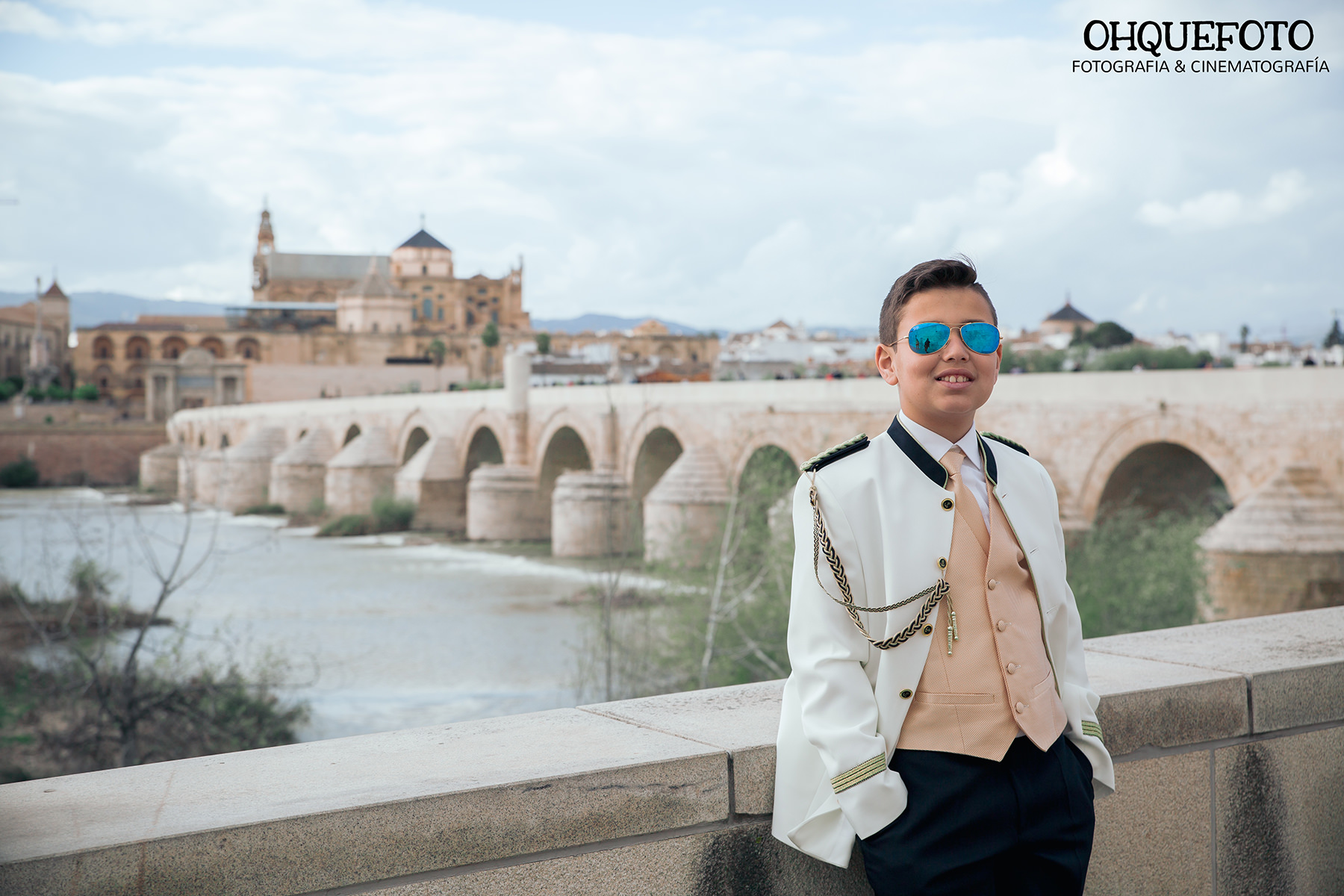 fotografia-comunion-cordoba-juderia-mezquita-puenteromano-exteriores-chillon-ciudad real- almaden