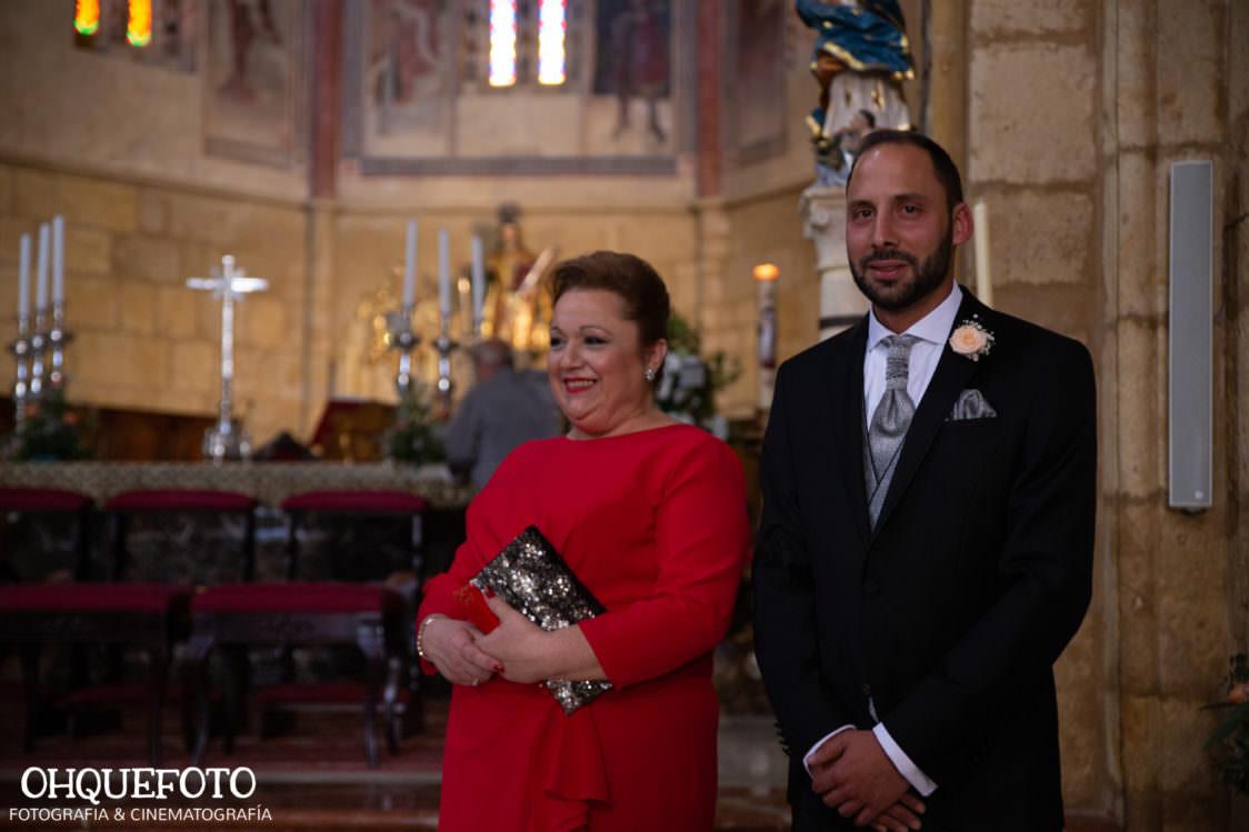 Boda en iglesia de san lorenzo boda en cordoba ohquefoto fotografos de boda video de boda elenayjose bodas en cordoba701 1124x749 - Boda en la Iglesia de San Lorenzo y los Jardines de Sansueña - Elena y Jose - Córdoba