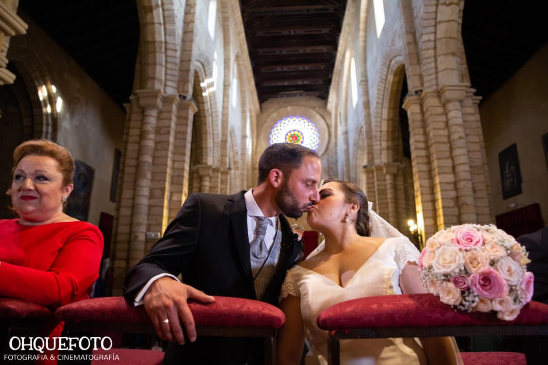 Boda en iglesia de san lorenzo boda en cordoba ohquefoto fotografos de boda video de boda elenayjose bodas en cordoba706 1124x749 - Boda en la Iglesia de San Lorenzo y los Jardines de Sansueña - Elena y Jose - Córdoba