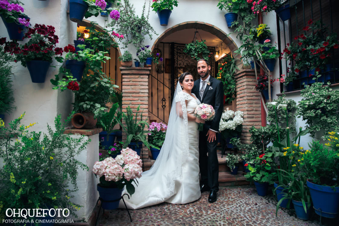 reportaje de boda en cordoba ohquefoto fotografos de boda video de boda en la iglesia de san lorenzo elenayjose bodas en cordoba724 1124x749 - Boda en la Iglesia de San Lorenzo y los Jardines de Sansueña - Elena y Jose - Córdoba