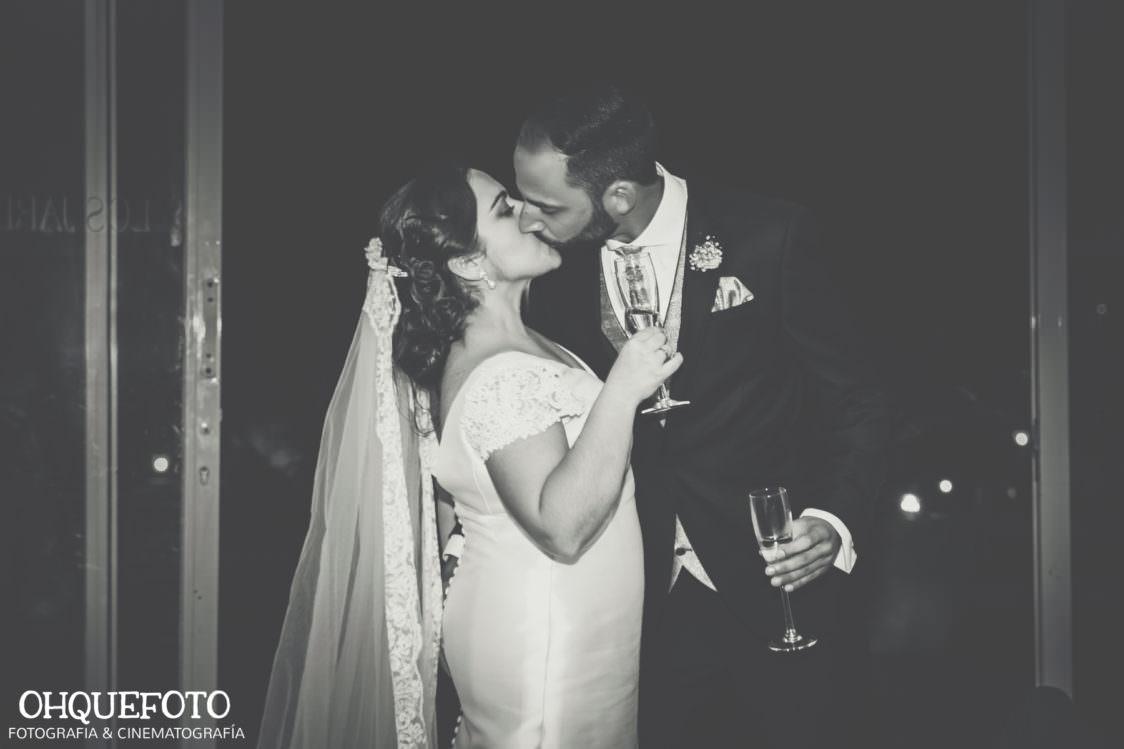 reportaje de boda en cordoba ohquefoto fotografos de boda video de boda en la iglesia de san lorenzo elenayjose bodas en cordoba729 1124x749 - Boda en la Iglesia de San Lorenzo y los Jardines de Sansueña - Elena y Jose - Córdoba