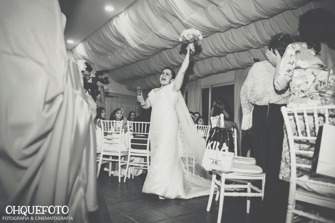 reportaje de boda en cordoba ohquefoto fotografos de boda video de boda en la iglesia de san lorenzo elenayjose bodas en cordoba730 1124x749 - Boda en la Iglesia de San Lorenzo y los Jardines de Sansueña - Elena y Jose - Córdoba
