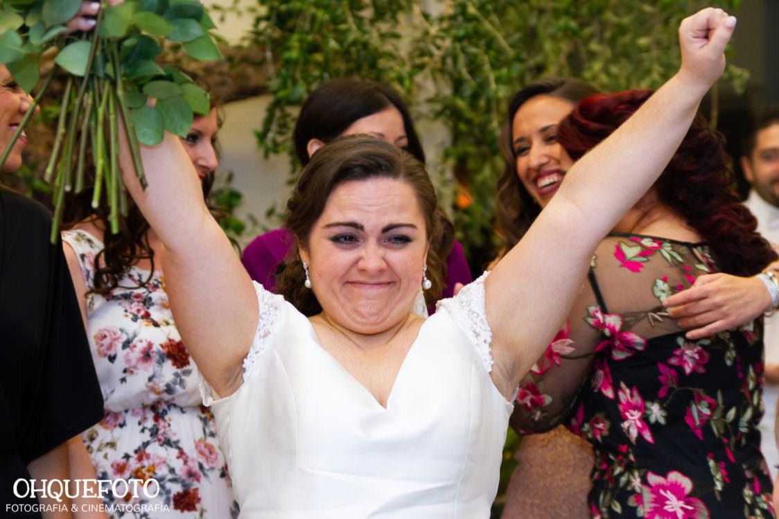 reportaje de boda en cordoba ohquefoto fotografos de boda video de boda en la iglesia de san lorenzo elenayjose bodas en cordoba735 1124x749 - Boda en la Iglesia de San Lorenzo y los Jardines de Sansueña - Elena y Jose - Córdoba
