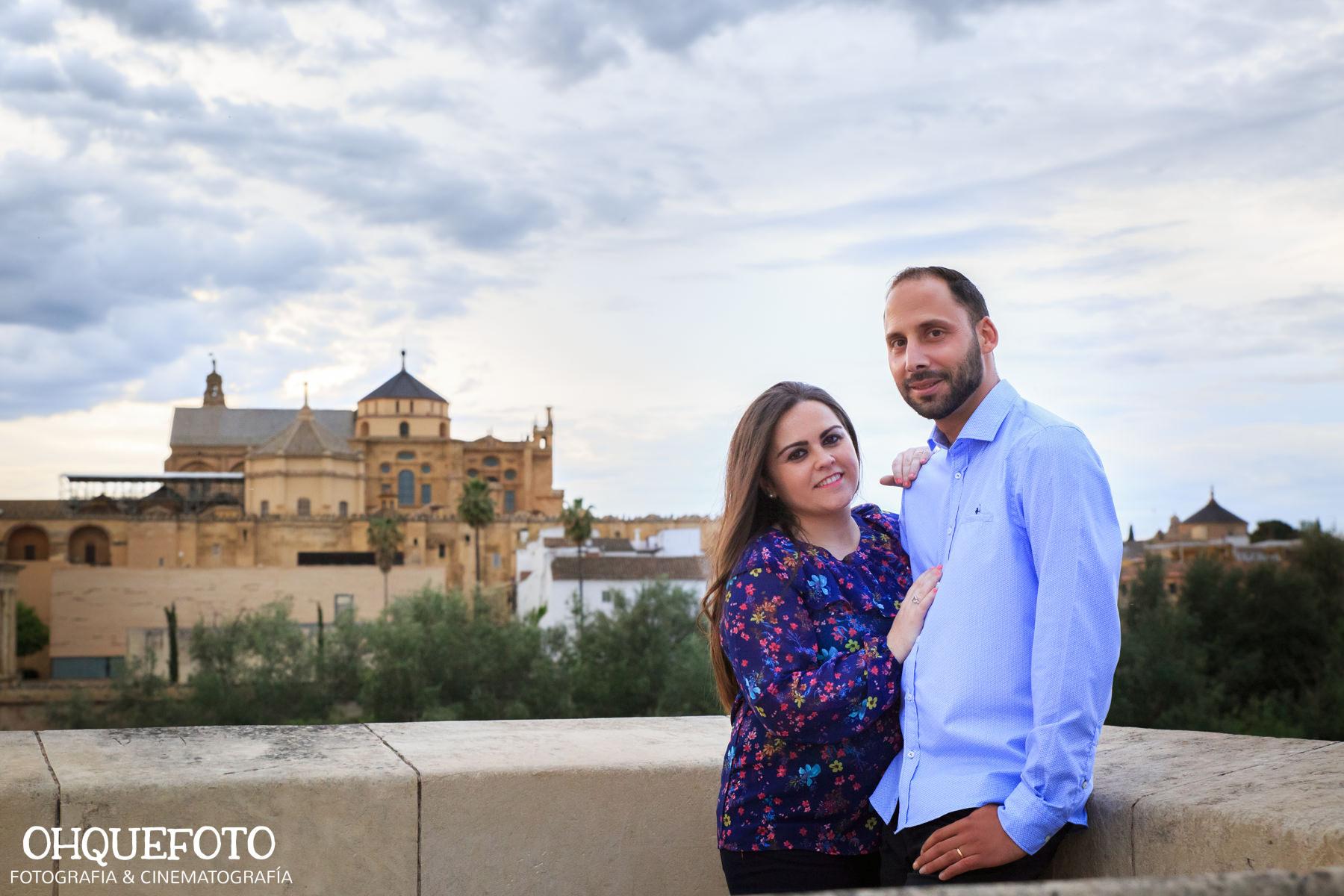 preboda en la judería de cordoba preboda en puente romano cordoba fotos de preboda en cordoba reportaje antes de la boda404 - Reportaje de preboda en la Judería de Córdoba - Elena y Jose
