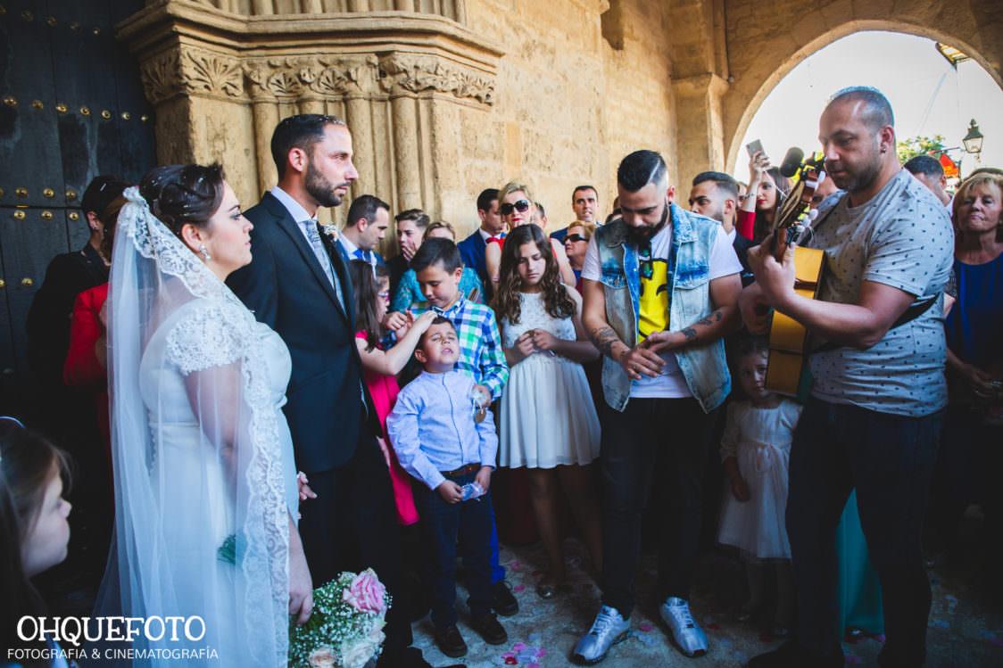 Boda en iglesia de san lorenzo-boda en cordoba-ohquefoto-fotografos-de-boda-video-de-boda-elenayjose-bodas en cordoba700