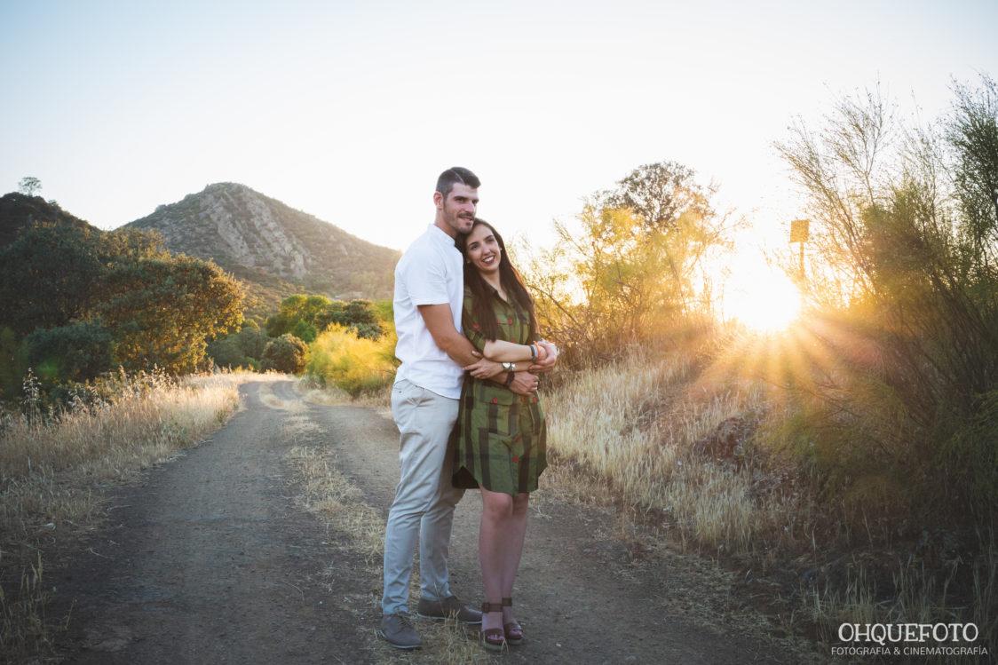 Sesión-de-fotos-preboda-en-el-campo-almaden-cordoba-ohquefoto-sesion-pareja-bodas